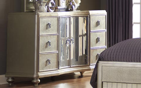 Platinum 6 drawer mirrored dresser