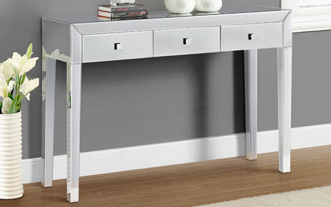 Reflections mirrored console table